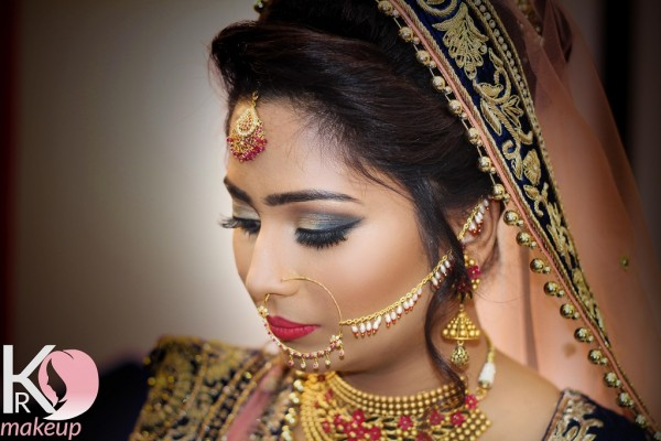 best-makeup-artist-in-lucknow856760CF-C9DB-FFE7-DAD8-DD1A6BE837B0.jpg