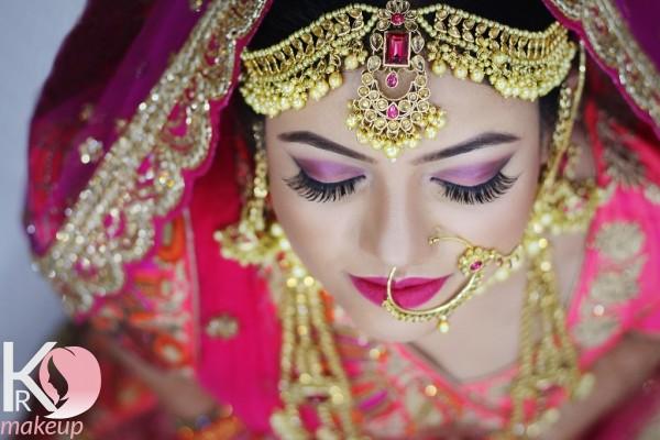 top-makeup-artist-lucknow59FA534A-85B0-6CF7-BFF1-88E99DD8DEAC.jpg