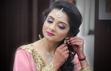 best engagement makeup artist in lucknow